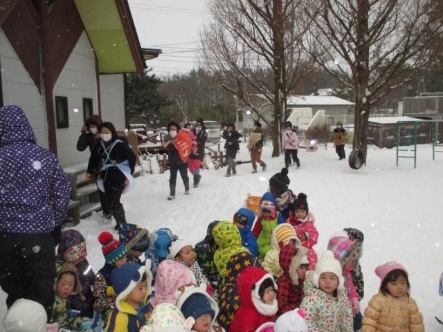 保護中: 雪の日の避難訓練